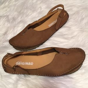 Clarks The Originals Womens Loafers Size 9M